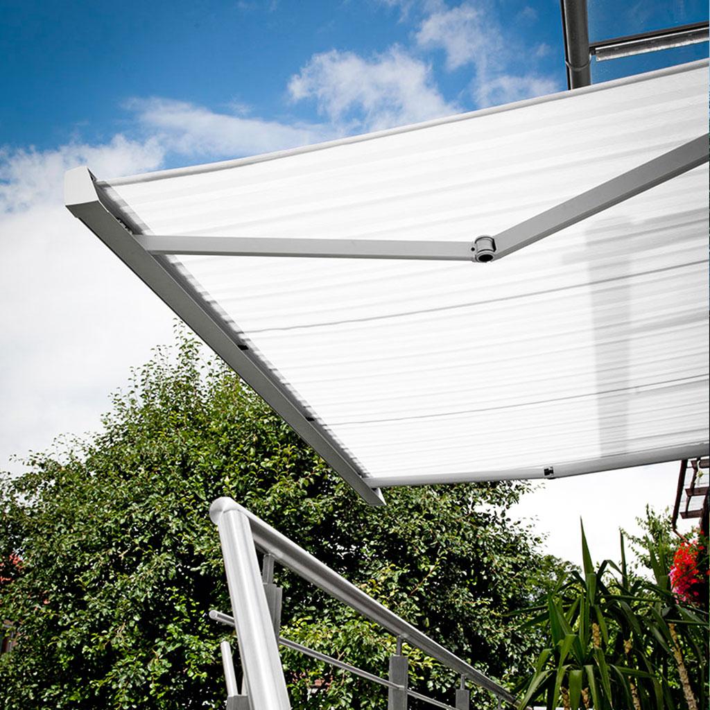 raumtraeume-hellweg-sonnenchutz-aussen-markise-1024x1024-03